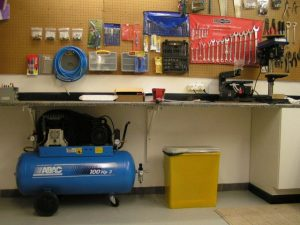 air-compressor-under-bench